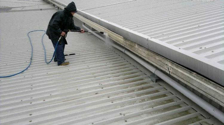 Gutter Unblocking And Cleaning In Lancashiret Perry
